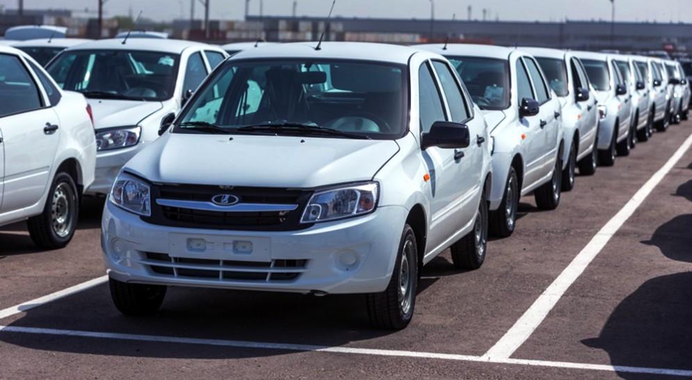 Продажи автомобилей за февраль