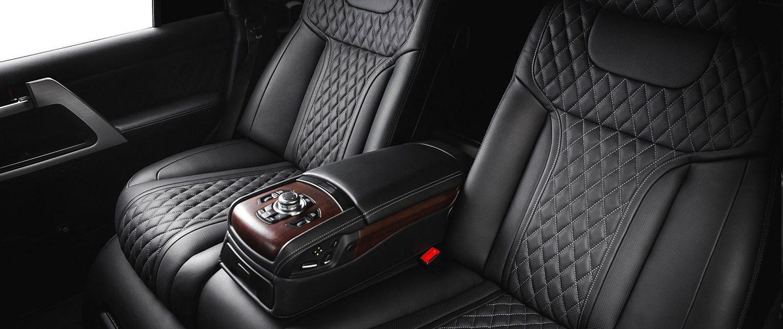 Если вам нужна профессиональная перетяжка сидений автомобиля, прочтите эту статью