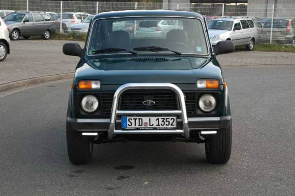 Автомобили Lada начали запрещать в Европе