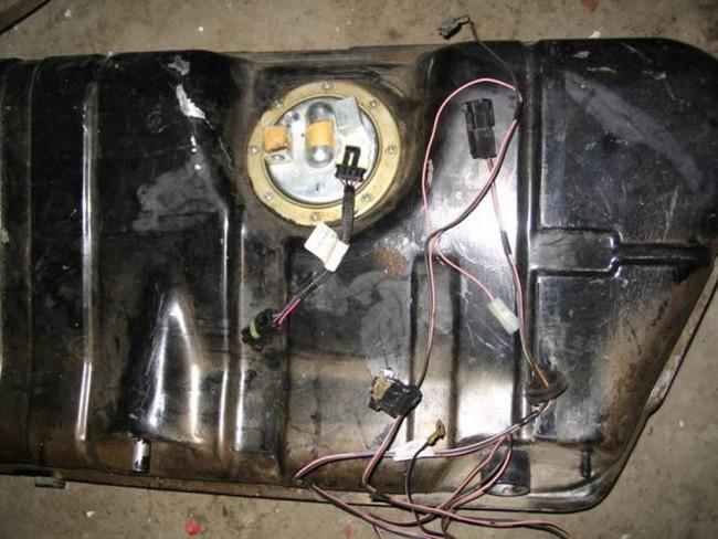 Установка деталей инжектора