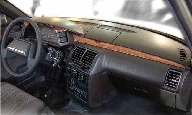 Панель приборов ВАЗ 2110 с накладкой