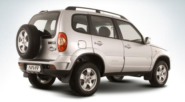 Chevrolet Niva, вид сзади